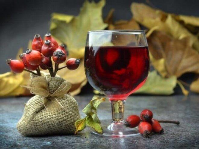 Настойка шиповника - рецепты приготовления на спирту, на водке