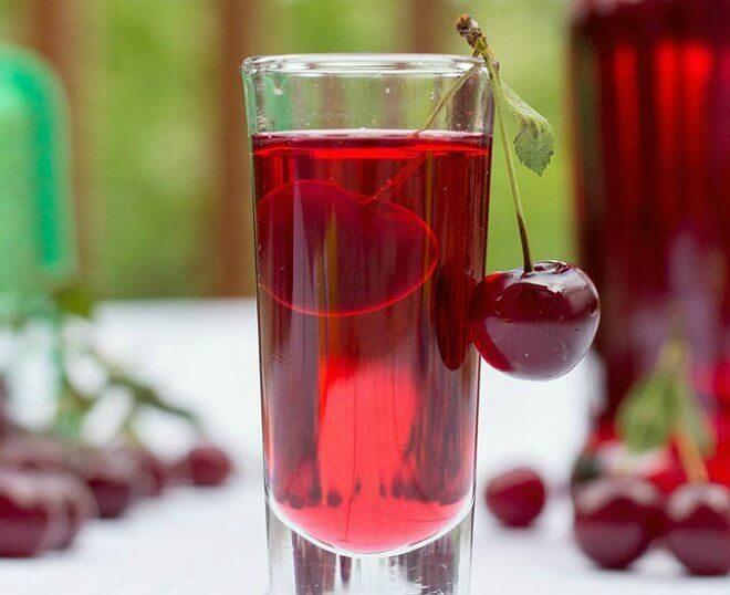 Легкий рецепт вишневой настойки