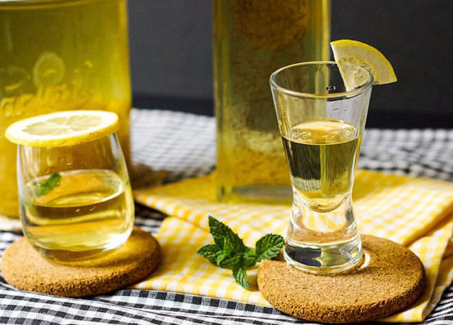 Противопоказания лимонной водки
