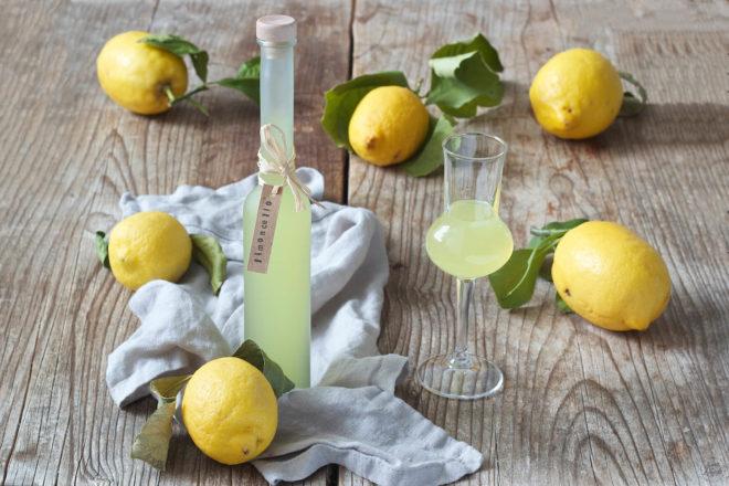 Рецепт коктейля с ликером Лимончелло