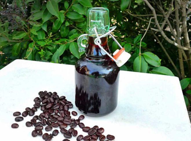 бутылка и кофе
